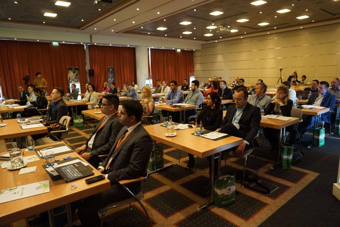 Dekang Distributors Conference Amsterdam 2015 Photo 2